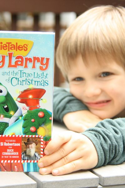 VeggiesTales – A Merry Larry and the True Light of Christmas DVD {Giveaway}