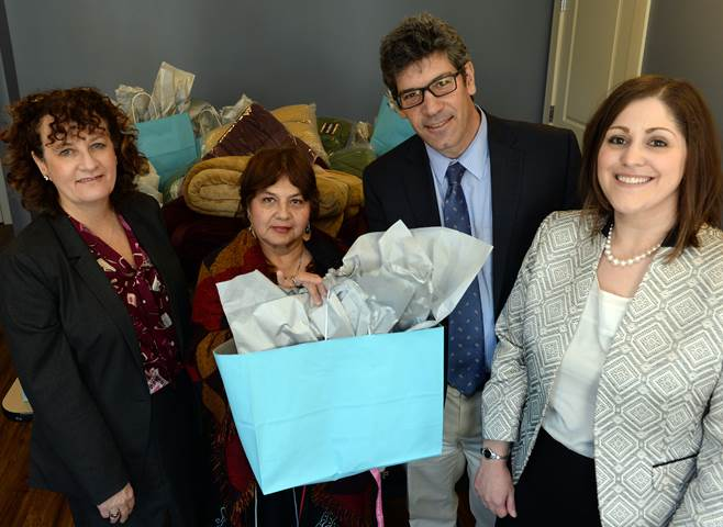 Pictured above (L-R) Lyndia Downie, President & Executive Director, Pine Street Inn Maria Suarez, Tenant John Robertson, Director of Marketing, Scotties Facial Tissues Pamela Ricci, Brand Manager, Scotties