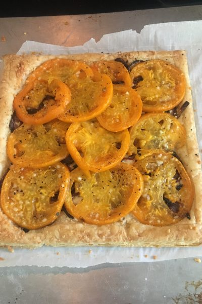 Tomato Tart with Goat Cheese and Caramelized Onion