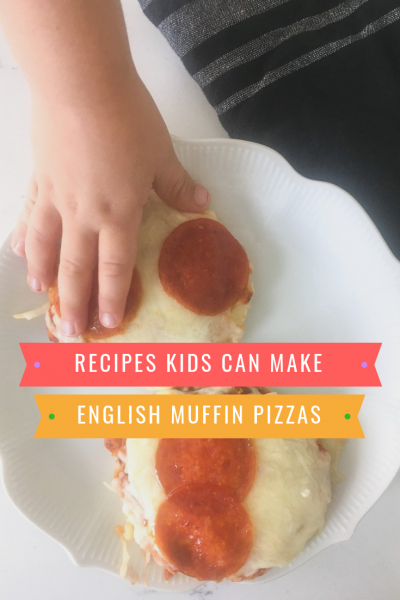 English Muffin Pizzas – Easy Kid Meals